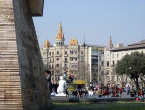La Ciudad Invisible_Πλατεία της Καταλονίας_2009